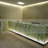Reception facing with rice stems in resin
