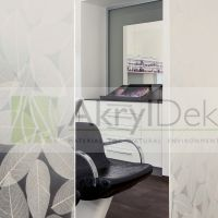Resin Interior partitions with white leaves